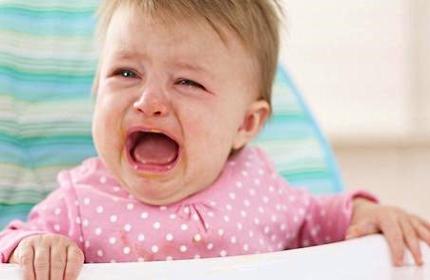 Что делать, если ребенок плачет