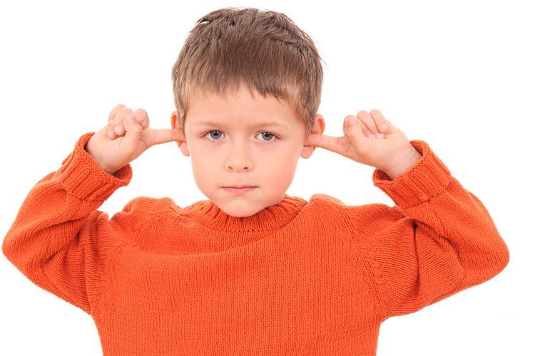 Боль в ушах у детей