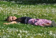 Обморок у детей - причины и симптомы