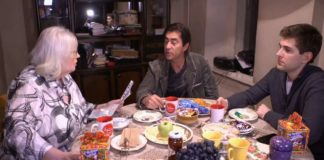 Армен Джигарханян вернул долю за дом в США